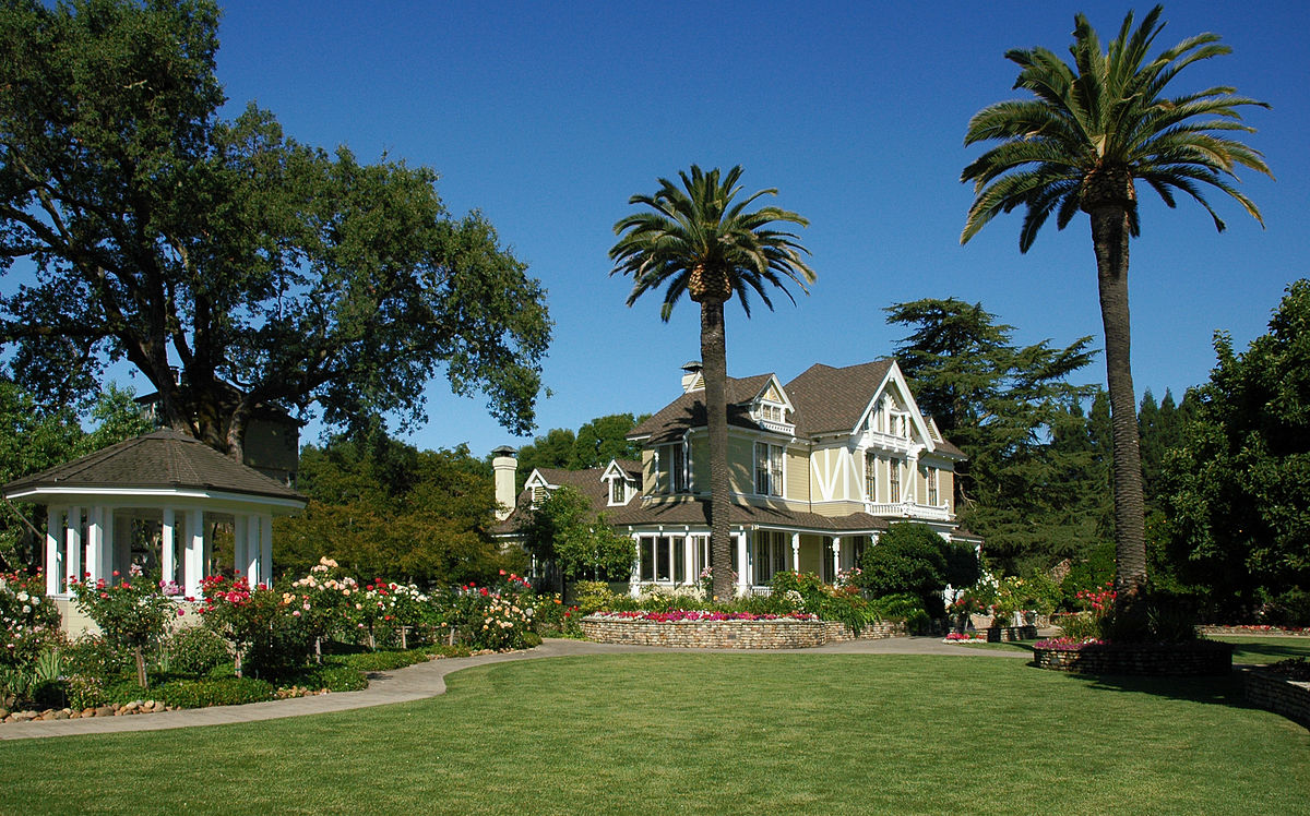 1200px-Sutter_Home_Winery